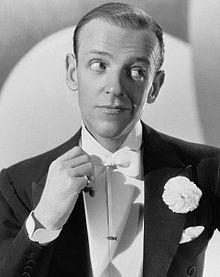 Knapphålsblomma Fred Astaire